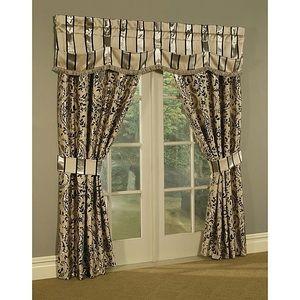 Austin Horn Savona Pillows and 4 Curtains
